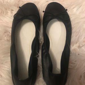 Black faux leather ballet flats